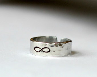 Infinity Ring- Silver Aluminum Hammered Band Ring