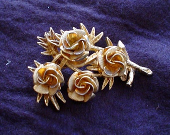 60s Coro Rose Cluster Gold Tone Leaves Brooch Signed