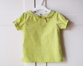 Girls' organic cotton shirt. Peter pan collar top, classic vintage look. Sizes from 3T to 6y. Made in Italy.