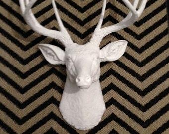 White Faux Deer Head - Deer Head Antlers Fake Taxidermy Wall Mount D0101