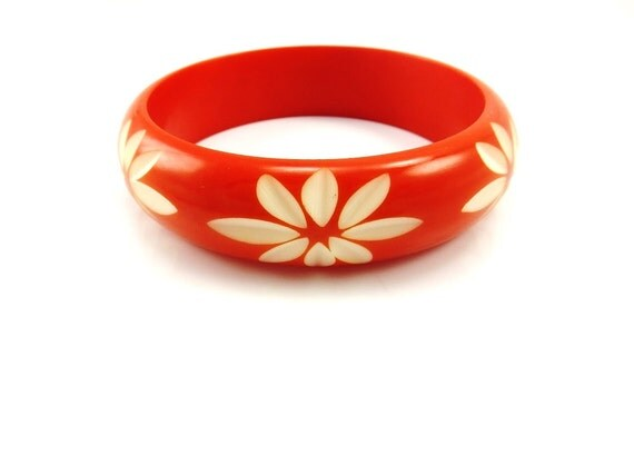 Vintage Carved Red Celluloid Bangle Bracelet Early Plastic 1940s Costume Jewelry