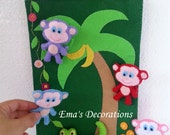 Monkeys Felt Board with 5 monkeys and an alligator