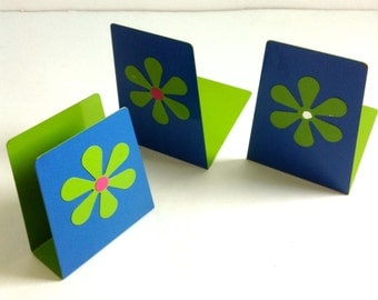 Flower Power Bookends and matching Letter Holder.  Vintage 1960.   Mod, Pop, Groovy, Eames, Panton Era. Psychedelic. Blue & Green Metal.