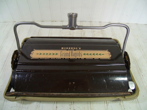 Antique Wooden Bissell S Grand Rapids Carpet Sweeper