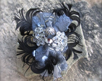 Brooch Pin handmade Black and silver elegant