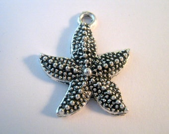 10 Silver Tone Starfish Charms 22x19mm    (b308