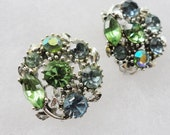 Silver Tone Emerald and Sapphire Rhinestone Earring Set 1950s / 1960s  Clip On Earrings
