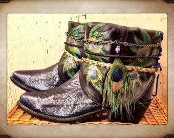 Hand Painted Vintage Snakeskin Peacock Cowgirl Western Boots size 9 1/2 to 10