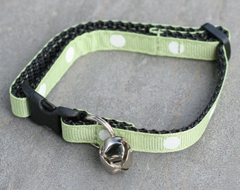 Ready To Ship - Cat Collar - Soft Green with White Polka Dots