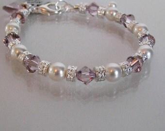Mother of the Bride Light Amethyst Bracelet-Mother of the Groom Bracelet-Mother of the Bride Jewelry-Mother of Bride Pearl Bracelet