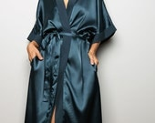 SALE 50 % !! Was 52 now 26 > Robe / Bridal Robe // Spa Robe / Beach Robe : Sunny Bridal Collection II