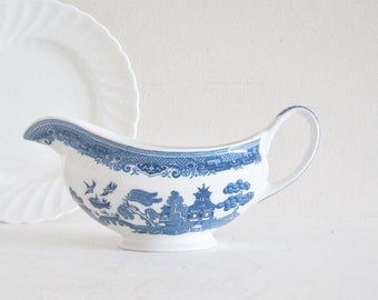 Blue Willow English Ironstone Tableware Gravy Boat Bowl - Blue and White Asian Theme