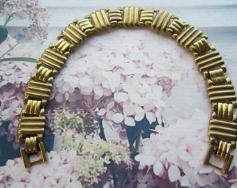 Vintage Bracelet Chains Wide Ribbed Brass Sections 1Pc.