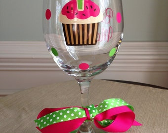 Personalized Cupcake Happy Birthday Wine Glass