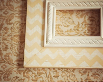 Distressed Chevron Wood Frame  5x7
