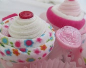 Baby Shower Gift Set Bodysuit/Socks Cupcakes with Washcloth/Diaper Cupcakes Set of 4 Baby Girl