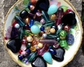 A Lot Of Beautiful Vintage Beads
