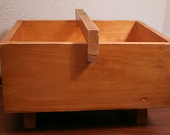 Vintage Storage, Sewing or Shoe Shine Box solid wood. we do accept best offers on most of our items