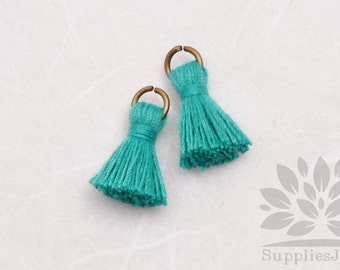 T000-CO-GJ// Green Jade Cotton Tassel Pendant, 4pcs, 18mm