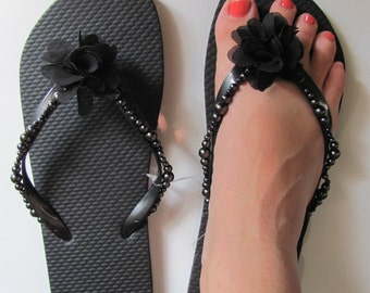 Pearl Brides and Bridesmaids Flip Flops Custom Color and Size Movable Flower Detail