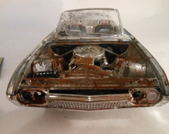 Classicwrecks,Scale Model Car,Ford Thunderbird,Junked Car,White Wreck
