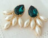 Emerald earrings,emerald green extra large earrings,stud earrings,Swarovski earrings,Emerald bridal earrings,emerald bridesmaids earrings