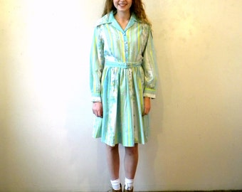 Full Skirt Shirtdress / 50s 60s / Blue Floral Dress / Long Sleeves / Mad Men Style Large SHIPPING INCLUDED