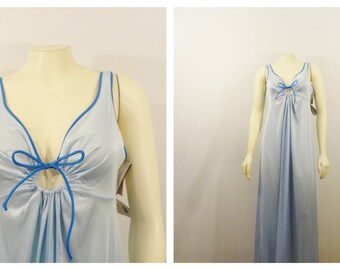 Vintage Nightgown Vassarette Keyhole Underneath it All Nightie Baby Blue  Size 34 Modern Small to Medium