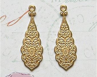 Brass Floral Drop, Earring Dangle, Etched Drop, Raw Brass Stamping, 10mm x 30mm - 6 pcs. (r182)