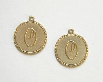 Raw Brass Letter O Charm Monogram Initial Drop 20m x 22mm - 4 pcs.  (r270)