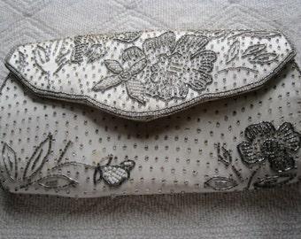 Stunning Vintage 40's - 50's Silver & White Beaded Bag