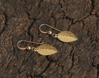 Small Gold Leaf Dangles , Leaf Earrings , Autumn Leaf Jewelry , Leaf Drop Earrings , Small Leaf Earrings , Gold Leaf , Jewelry for Her