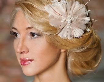 Blush pink bridal feather headpiece,bridesmaid fascinator, wedding headpiece, bridal headpiece Prom  - Cressida