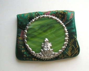 Stained Glass Purse Mirror|Pocket Mirror|Frog|Frog Mirror|Green|Round Purse Mirror||Bath & Beauty|Makeup Tool|Handcrafted|Made in USA