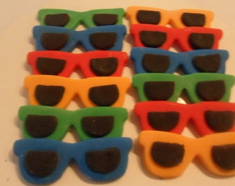 Fondant Sunglasses Cupcake Toppers