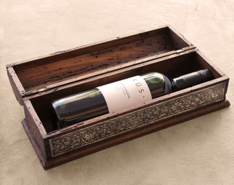 Unique Rustic Wedding Wine Box - The perfect Wedding gift personalized with your names or initials.