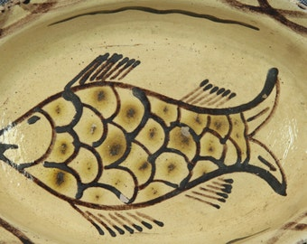 Mexican Pottery Oval Serving Bowl, Fish Design, Serving Dish, Cream and Brown, Folk Art Pottery