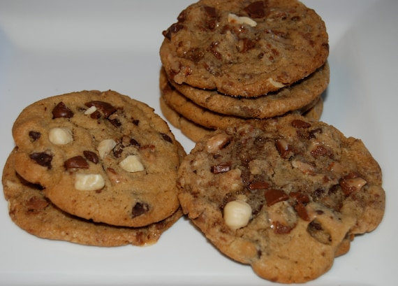 Milk Chocolate Chip Toffee Hazelnuts Cookies Chewy ,12 Large and Yummy Treats