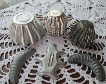 Vintage Aluminum Tart Molds - (Set of 28)