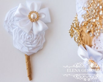 boutonniere for white gold bouquet