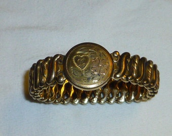 Sweetheart Bracelet Gold Filled 1940s era Engraved Detail WWII Gift Expandable Bracelet Jewelry