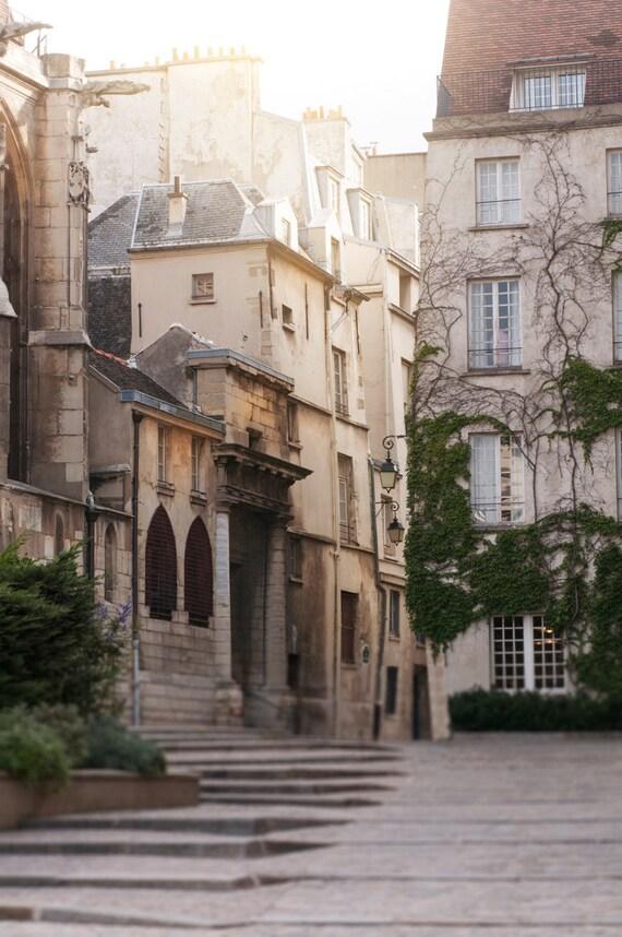 Items similar to dawn rue des barres le marais paris - Bureau de change rue montmartre ...