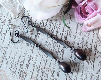 Vintage Steel Chain Grey Cultured Large Pearl Dangle