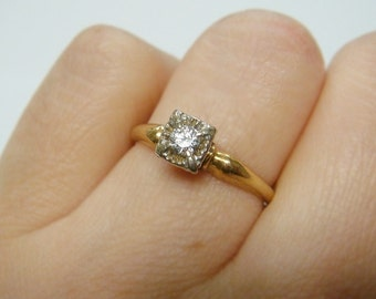14k Vintage .11ct Diamond Engagement Ring
