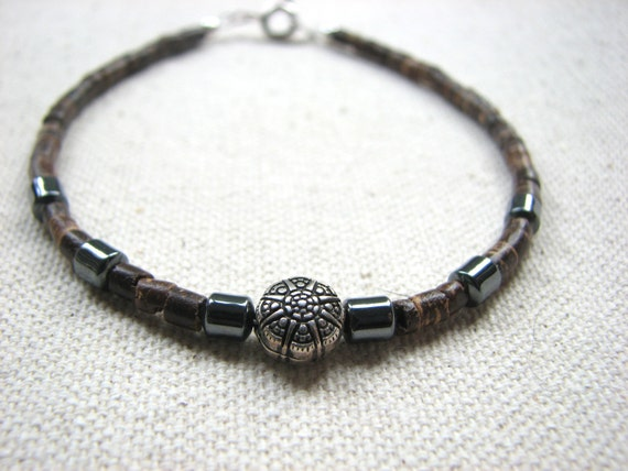 Beaded Mens Bracelet -  Coconut Shell Hematite Bracelet, Unisex and Men Jewelry, Casual Coconut Bracelet, Surfer Jewelry