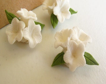 Set of 3 flowers with 3 White Handmade Clay flowers