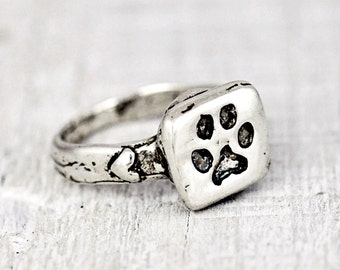 Puppy Paw Ring - Pet Jewelry - Handmade Jewelry- Dog Rings - R331
