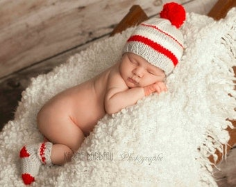 baby knit kit socks and hat, photo props