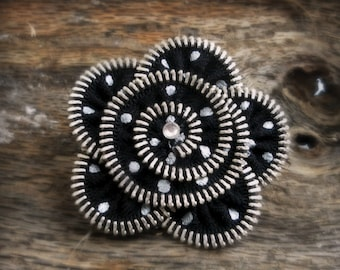 zipper brooch, black and silver, polka dot flower,  Zipper Pin. 2.8 in/ 7 cm,eco friendly, recycled jewelry