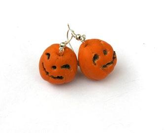 Halloween jewelry. Halloween gift, Halloween pumpkins, Halloween ideas, Halloween costume.